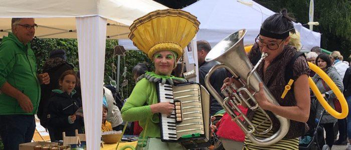 Bien und Blum beim 5. Frankfurter Bienenfestival